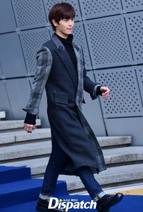 na-eun-nam-tinh-kim-so-hyun-gia-dan-tai-seoul-fashion-week-5