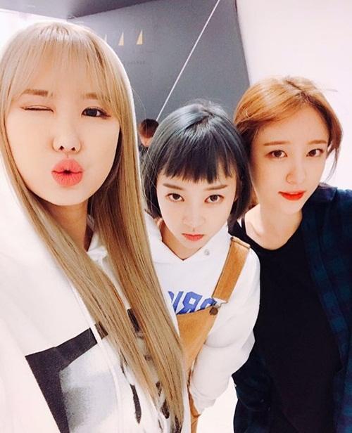 sao-han-23-5-suzy-dep-khong-can-photoshop-krystal-khoe-than-thai-kieu-sa-2-5