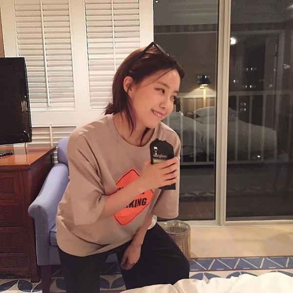sao-han-23-5-suzy-dep-khong-can-photoshop-krystal-khoe-than-thai-kieu-sa-4