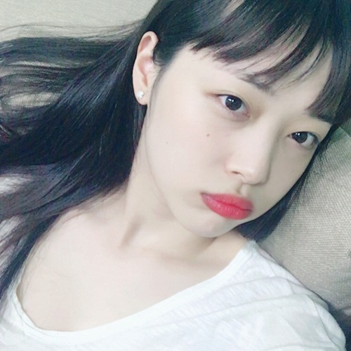 sao-han-23-5-suzy-dep-khong-can-photoshop-krystal-khoe-than-thai-kieu-sa-7