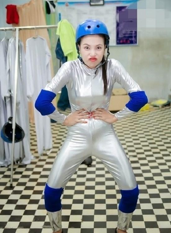 sao-viet-tao-dang-chat-chem-khong-kem-minh-tinh-han-6