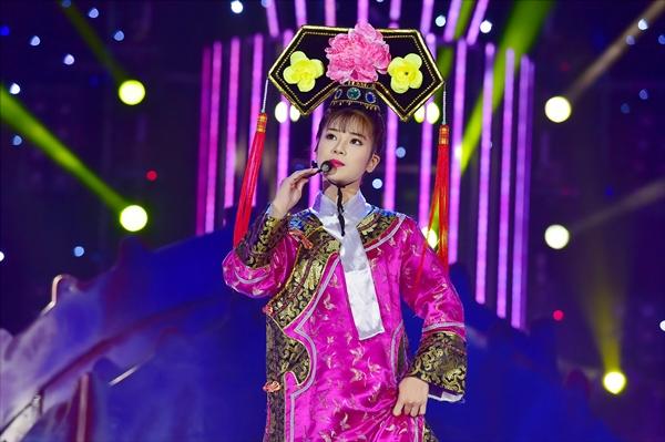 hoang-yen-chibi-dan-dau-khi-hoa-trieu-vi-jun-pham-duoc-khen-nhai-exo-giong-1