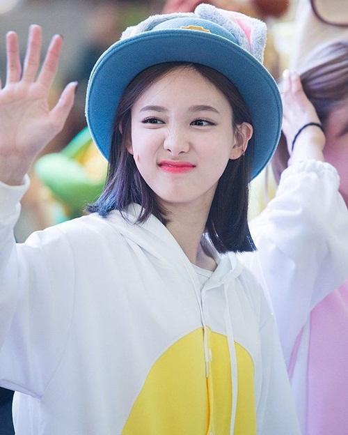 nhung-idol-sinh-ra-de-doi-chiec-mu-judy-cute-lac-loi-4