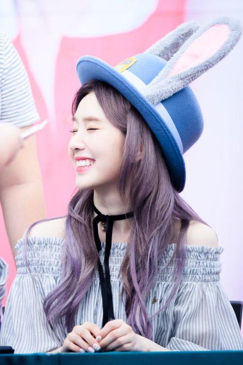 nhung-idol-sinh-ra-de-doi-chiec-mu-judy-cute-lac-loi-1