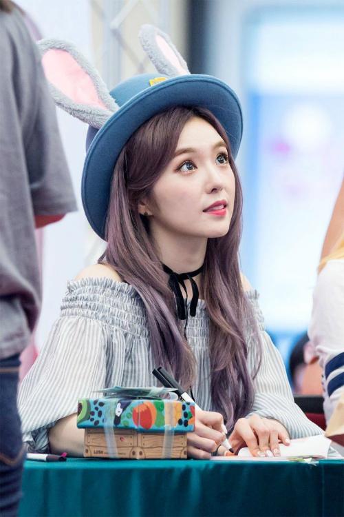 nhung-idol-sinh-ra-de-doi-chiec-mu-judy-cute-lac-loi-3