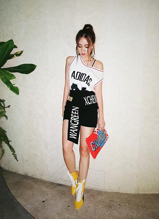 street-style-mat-ruoi-cua-sao-hot-girl-viet-tuan-qua-4