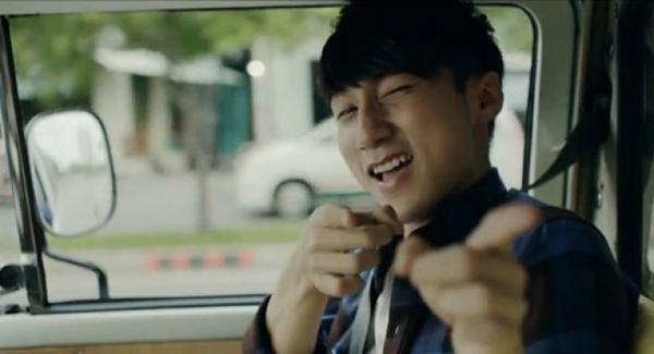 sao-vpop-dong-phim-nguoi-duoc-khen-nguoi-gay-ngao-ngan