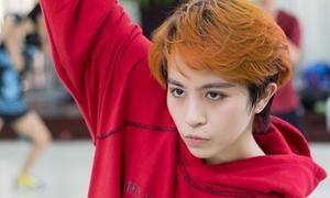 Gil Lê tập vũ đạo cũng 'điển trai' khiến fan khó rời mắt