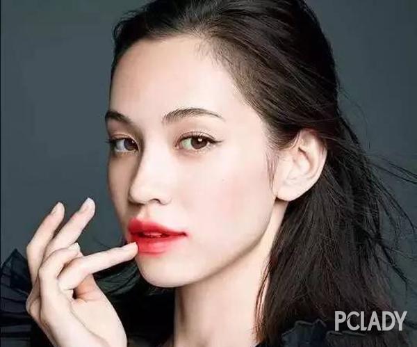 hot-girl-so-1-han-quoc-park-sora-lang-xe-tich-cuc-mot-to-son-tran-moi-6