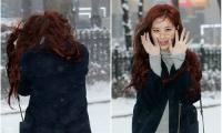 na-yeon-mina-twice-bi-gio-dim-hang-khi-tao-dang-cute-12