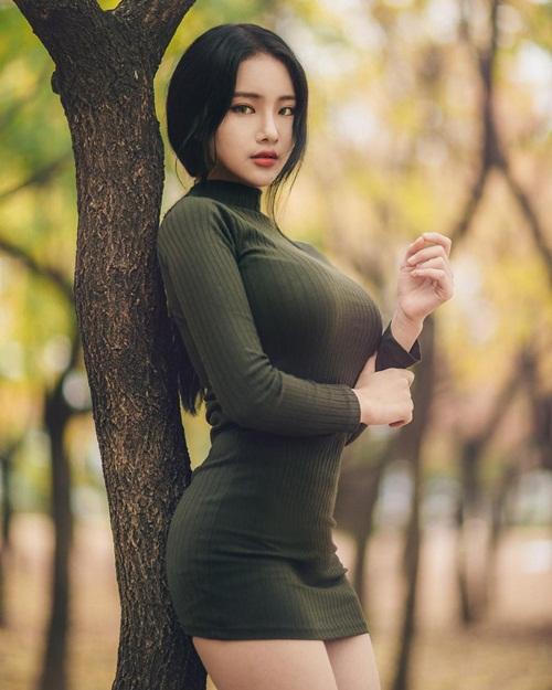 hot-girl-han-gay-sot-instagram-vi-ty-le-than-hinh-kho-tin