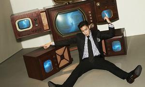 Cuộc sống 'vung tiền', làm loạn Instagram của T.O.P trước scandal hút cần sa