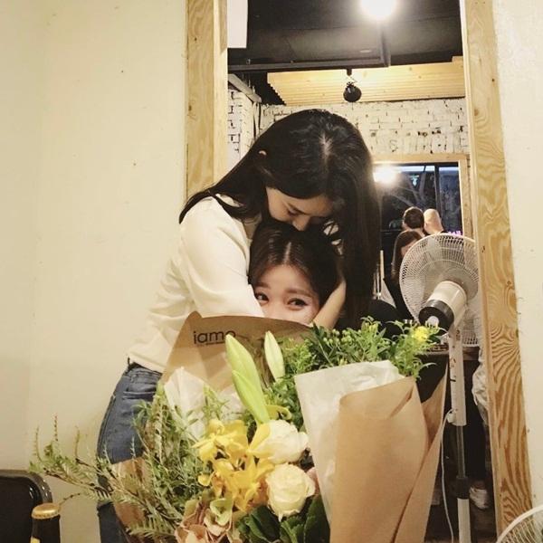 sao-han-6-6-park-seo-joon-khoe-co-bap-dara-mac-am-ap-giua-he-5