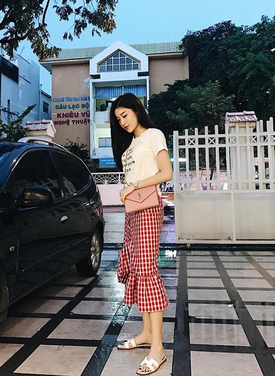 street-style-vua-mat-vua-sang-cua-sao-hot-girl-viet-tuan-qua-10