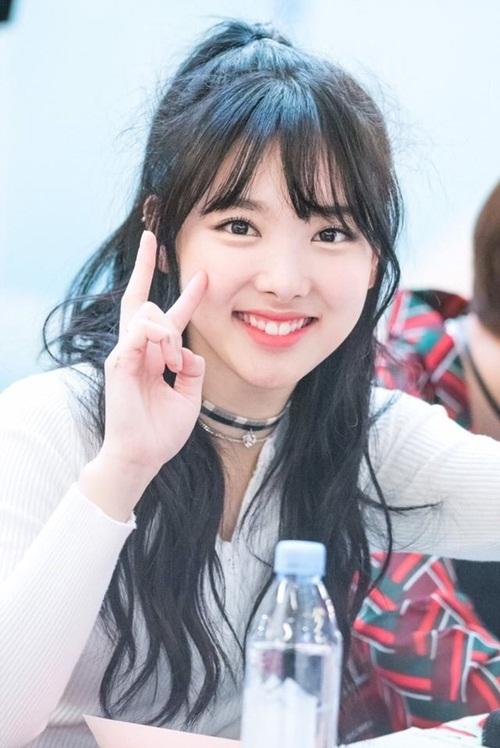kieu-toc-don-gian-nhung-giup-loat-my-nhan-han-nang-tam-nhan-sac-2
