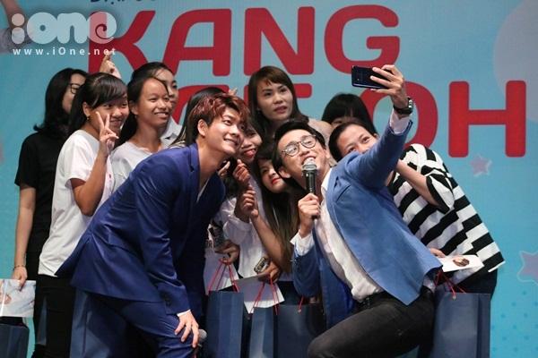 kang-tae-oh-lam-1001-bieu-cam-kute-tao-dang-sexy-8