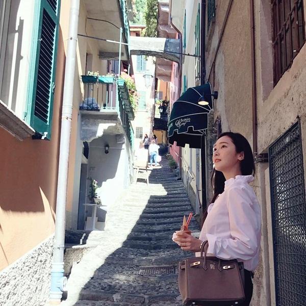sao-han-9-6-nana-dep-khong-can-photoshop-tae-yeon-jong-hyun-than-thiet-5