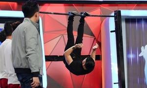 Trương Nam Thành nhận cái kết...đắng khi đu xà khoe cơ bắp