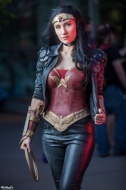 nhung-man-cosplay-wonder-woman-xuat-sac-khong-kem-ban-goc-5