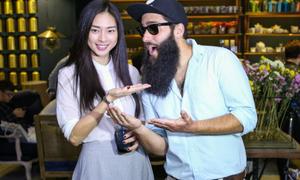 Những người đẹp Việt từng xuất hiện bên cạnh đạo diễn  'Kong: Skull Island'