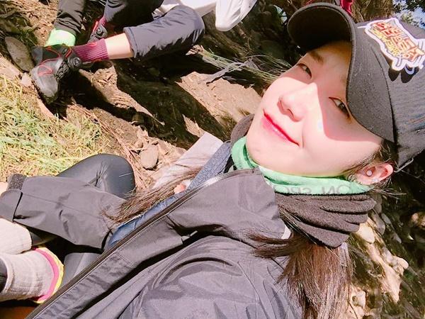 sao-han-10-6-suzy-khoe-ve-dep-gay-xao-xuyen-hani-cot-no-banh-beo-6