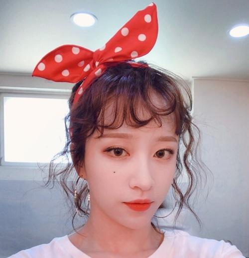 sao-han-10-6-suzy-khoe-ve-dep-gay-xao-xuyen-hani-cot-no-banh-beo-1