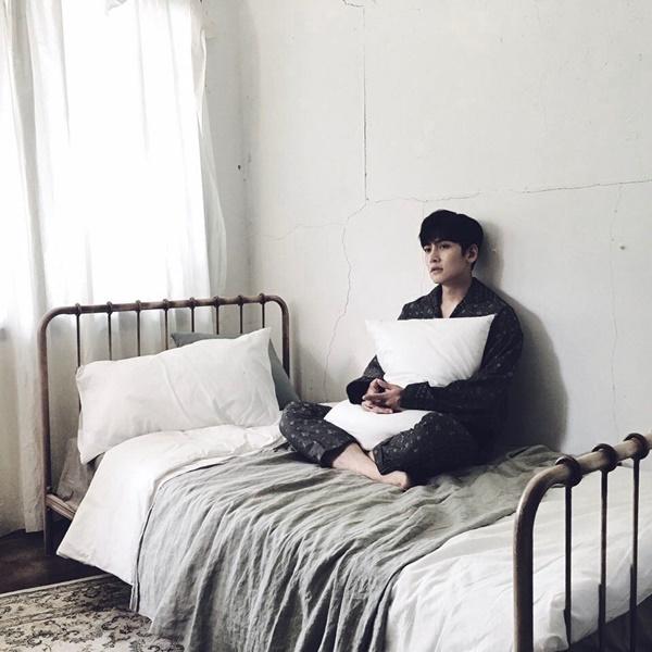 sao-han-10-6-suzy-khoe-ve-dep-gay-xao-xuyen-hani-cot-no-banh-beo-5