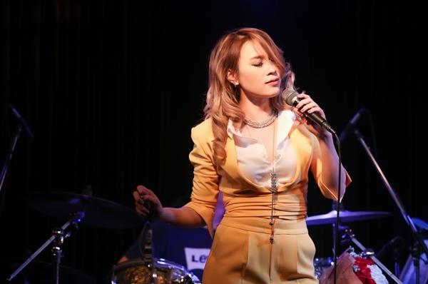 my-tam-cover-hit-dau-mua-cua-trung-quan-bang-cai-luong-5