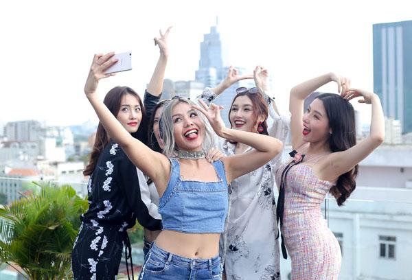 chan-dai-che-hoang-thuy-chua-biet-ai-day-ai-khong-duoc-hlv-nao-chon-4