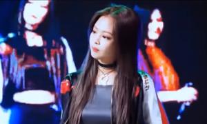 Đang hát, lỡ quên lời: idol Kpop kẻ dễ thương, người 'diễn sâu'