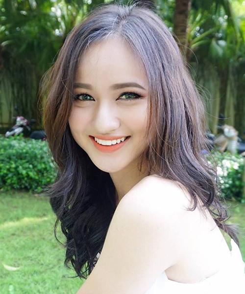 10-co-nang-chung-minh-the-he-2000-ai-cung-xinh-nhu-hot-girl