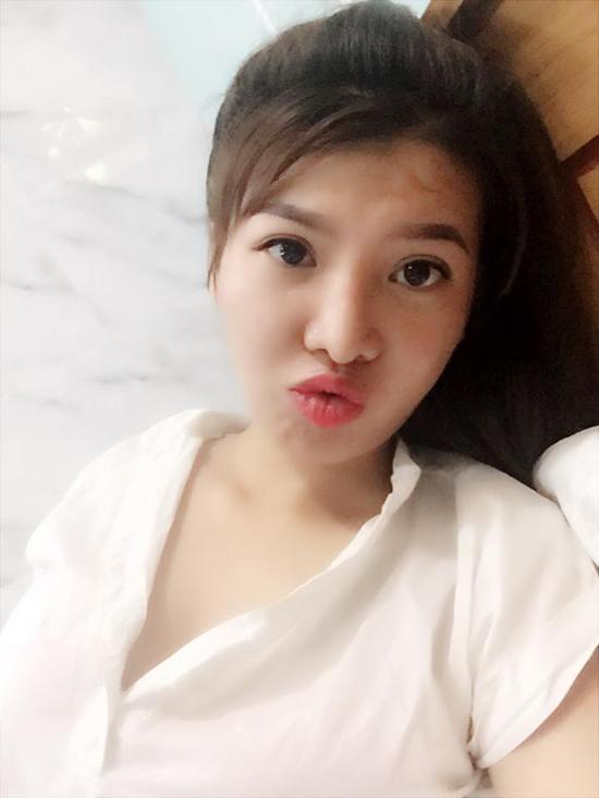selfie-xinh-lung-linh-thi-no-tai-sinh-gay-choang-khi-de-mat-moc-1