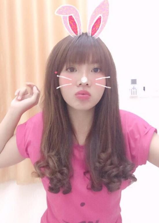 selfie-xinh-lung-linh-thi-no-tai-sinh-gay-choang-khi-de-mat-moc-2
