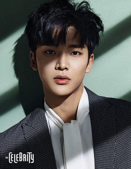 12-my-nam-co-khuon-mat-dep-nhat-kpop
