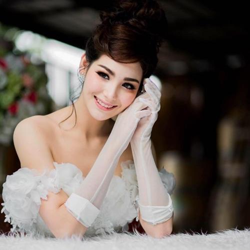 anh-ve-ngot-ngao-cua-my-nhan-the-face-thai-lan-julie-5