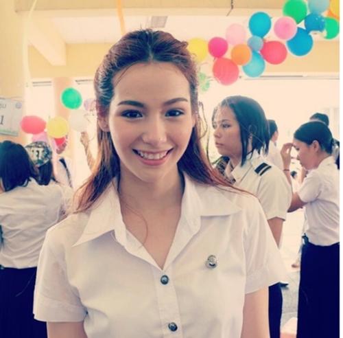 anh-ve-ngot-ngao-cua-my-nhan-the-face-thai-lan-julie