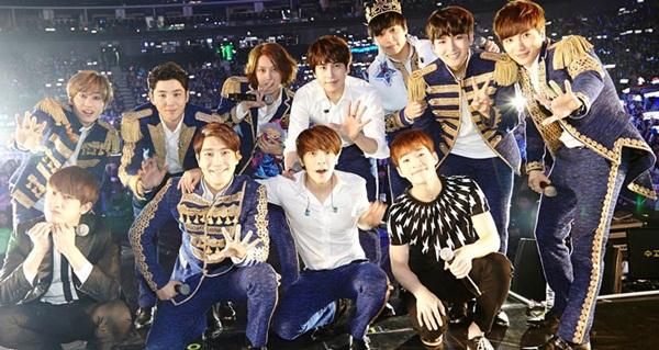 top-10-sao-kpop-hut-fan-khung-nhat-o-trung-quoc-4