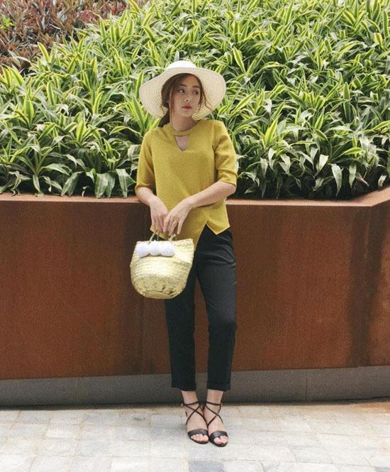 hot-girl-bao-chi-xinh-nhu-gai-tay-dat-show-lam-mau-online-4
