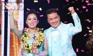 Đàm Vĩnh Hưng nhảy cẫng vì Hellen Thủy đăng quang 'Thần tượng bolero'