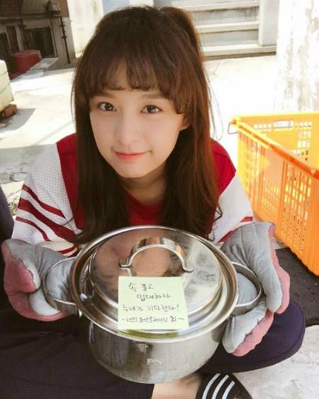 sao-han-19-6-seol-hyun-tiet-lo-hau-truong-song-ao-hyo-min-khoe-dang-mien-che-2-1