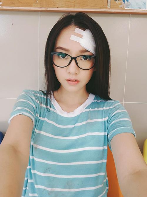 sao-viet-21-6-yen-chibi-mat-moc-khong-ti-vet-con-trai-elly-tran-cang-lon-cang-yeu-2