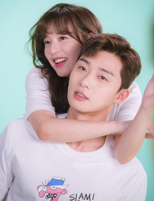 4-buoc-lam-dep-cho-nhan-sac-tan-chay-cua-kim-ji-won-2