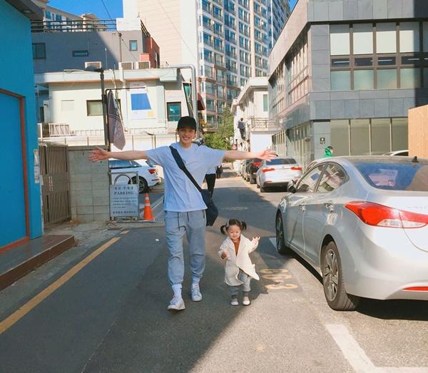 ong-bo-cao-to-dep-trai-nhu-idol-han-gay-sot-instagram-7