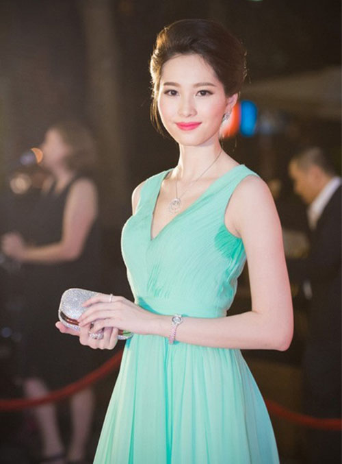 6-loi-thoi-trang-kinh-dien-mua-he-co-gai-nao-cung-tung-mac-phai-4