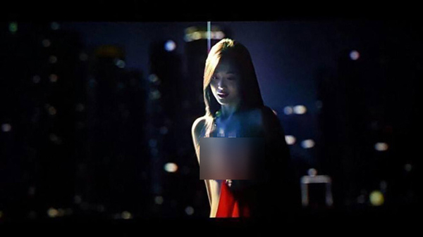 sulli-lo-nguyen-bau-nguc-van-khong-cuu-duoc-phim-cua-kim-soo-hyun-1