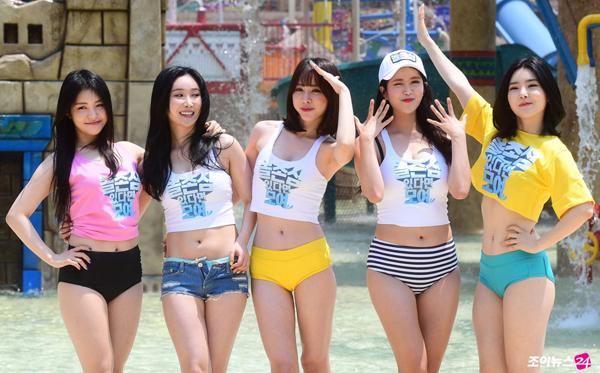 nhom-nu-kpop-brave-girl-lan-daumac-bikini-noi-dong-nguoi-1