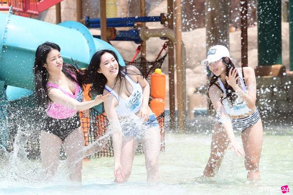 nhom-nu-kpop-brave-girl-lan-daumac-bikini-noi-dong-nguoi-2