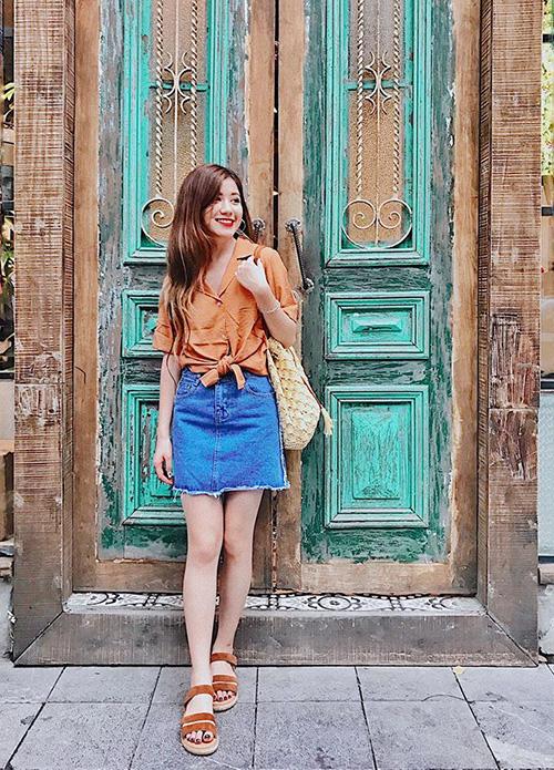 street-style-khoe-chan-thon-dang-chun-cua-sao-viet-tuan-qua-3