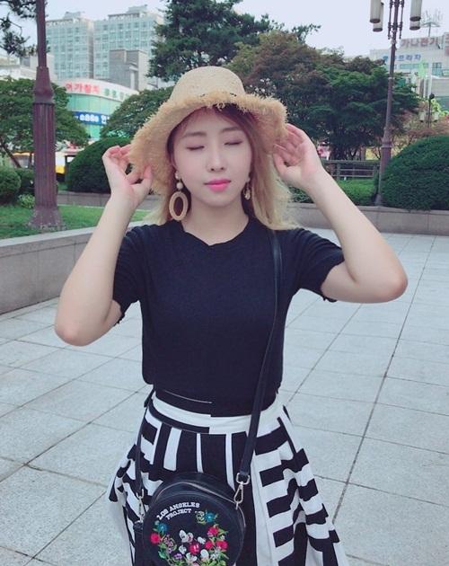 sao-han-4-7-soo-young-khoe-eo-thon-gon-seol-hyun-do-sac-voi-dan-anh-2-5