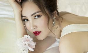 Á hậu Thụy Vân phủ nhận khi bị nghi đẹp lên nhờ botox
